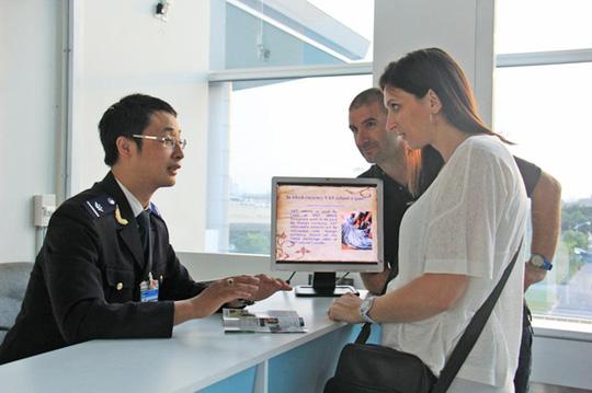 quy trình nhận visa tại sân bay